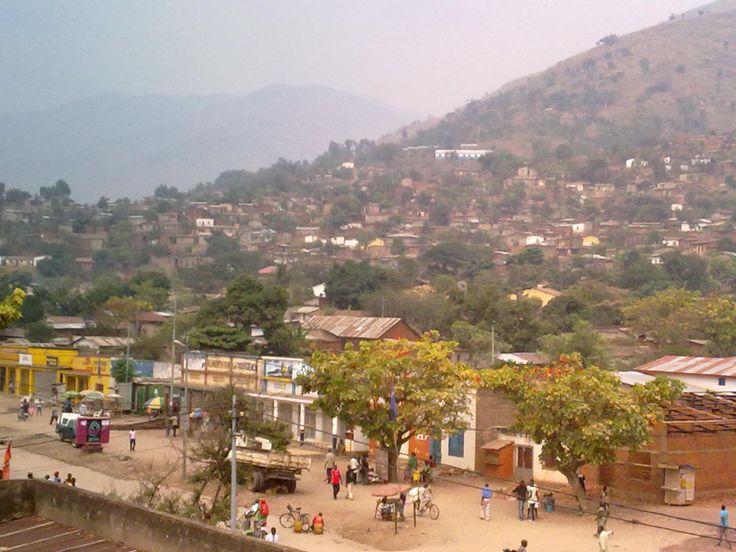ville de matadi | Description Uvira, DR Congo.jpg
