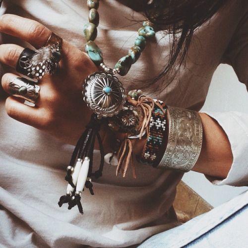 ✧❂✧↢ Bohème ↣✧❂✧                                                                                                                                                                                 Plus