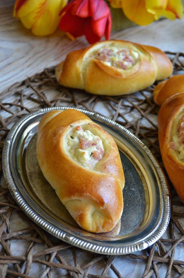 Вкусното ми Хоби със Страст и Любов: Кифлички със сирене, бекон и риган