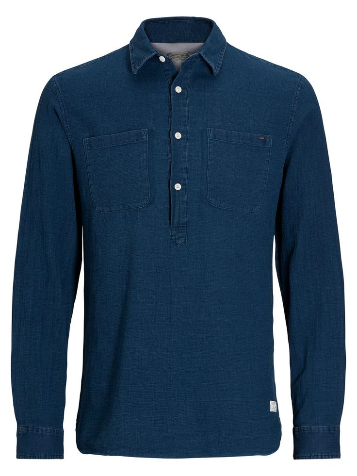 Once tried, always used. Long sleeved denim shirt with chest pockets and half up buttons | JACK & JONES