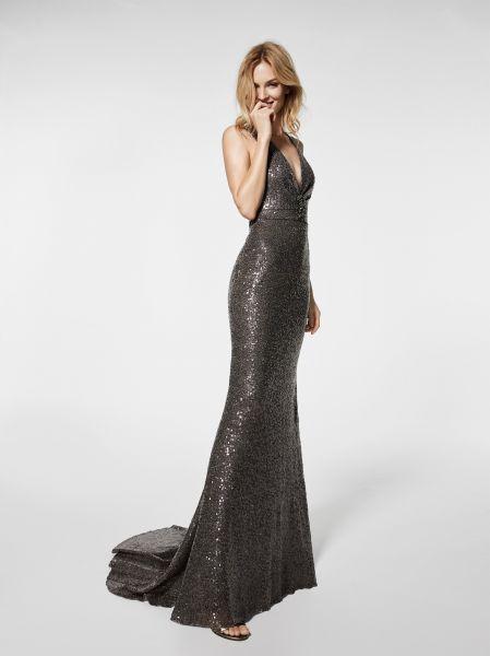 Robes de soirée Pronovias 2018 : découvrez les modèles à venir l'année prochaine ! Image: 49