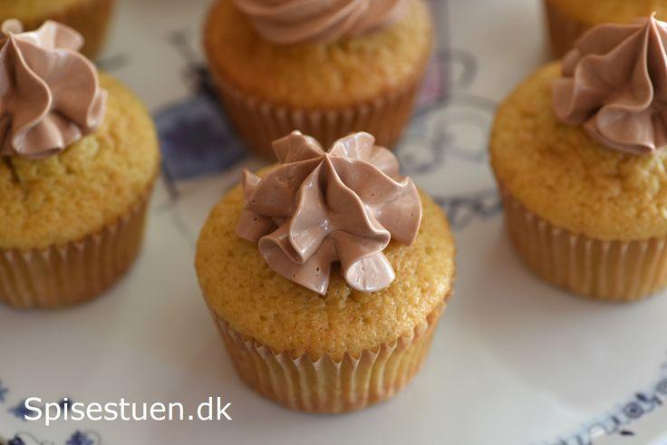vaniljemuffins-med-chokoladecreme