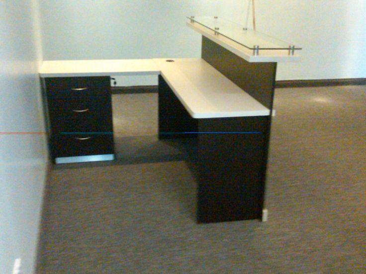 Recepcion de oficina tienda muebles fabricantes oficina for Muebles de oficina rusticos