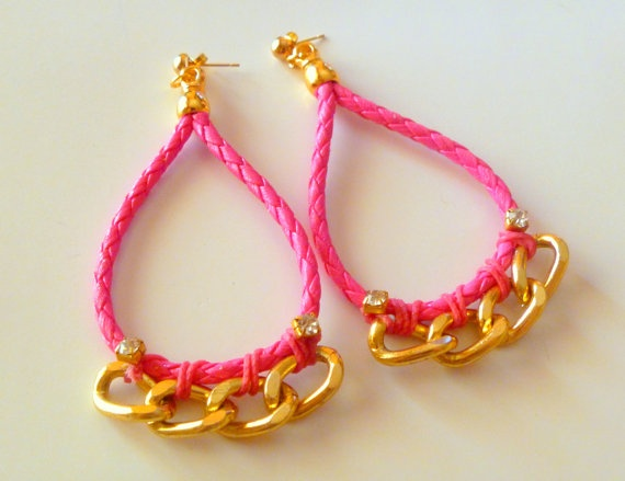 Faux leather chain hot pink earrings by NNbraceletsandmore on Etsy, €9.00