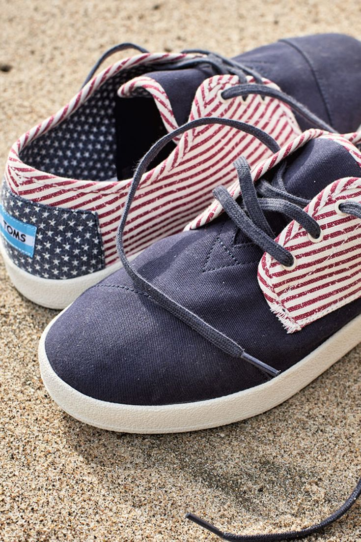 Step up your Memorial Day BBQ game in these TOMS Americana Lace-up shoes.