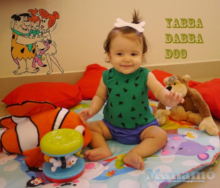 Pebbles costume for baby tutorial.  Fantasia de Pedrita para bebê.  Munamó