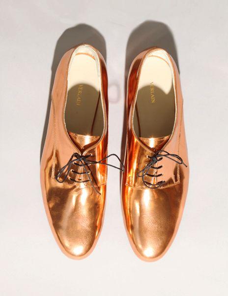 Copper foil brogue shoes