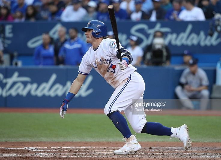 Josh Donaldson #20 of the Toronto Blue Jays hits a single in the eighth inning during MLB game action against the New York Yankees on September 24, 2016 at Rogers Centre in Toronto, Ontario, Canada.
