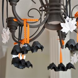 Halloween Craft - Egg Carton Bats & Painted Leaves Ghosts