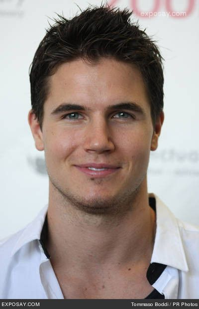 Robbie Amell from The Tomorrow People