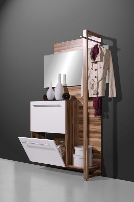 Jena hal combinatie is een 3-in-één halmeubel en is de perfecte oplossing voor de kleine hallen. Jena is een stijlvol ontwerp van schoenenkast, kapstok en spiegel in een mooi design. De hal combinatie is gemaakt van MDF hout en gedetailleerd met metalen handgrepen.
