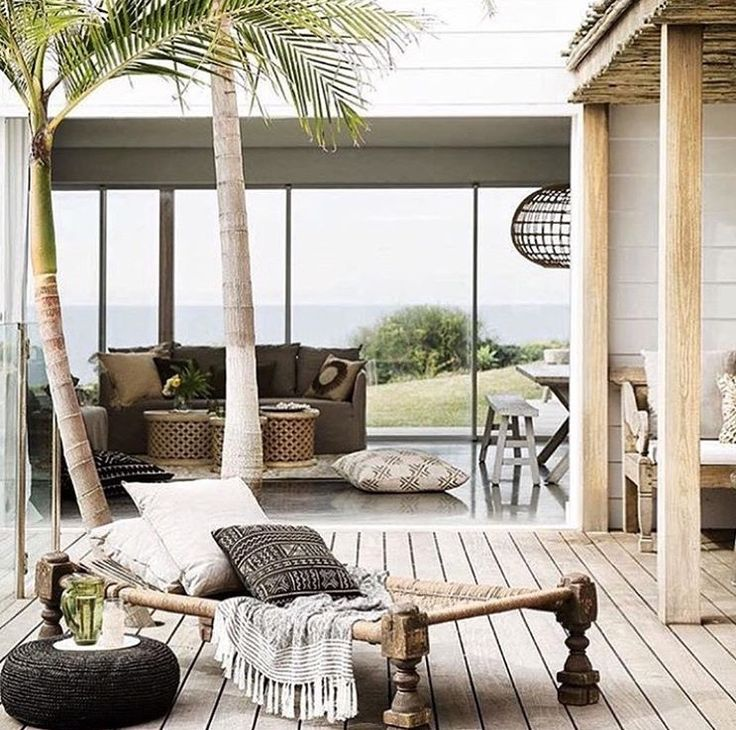 Afro tropical outdoor deck design