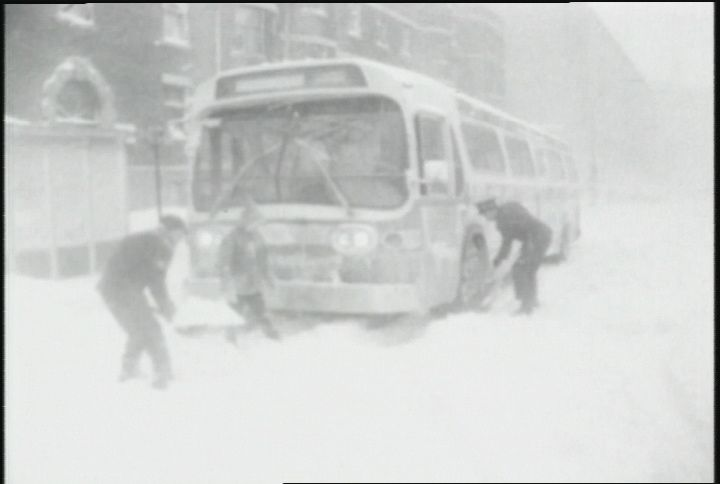 Tempête du siècle, Montréal, mars 1971 - I remember walking home in that storm, a LONGGGGG way home!