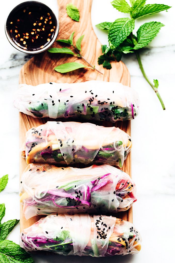 Rainbow Summer Rolls with Chile-Garlic Tofu. #Vegan #GlutenFree
