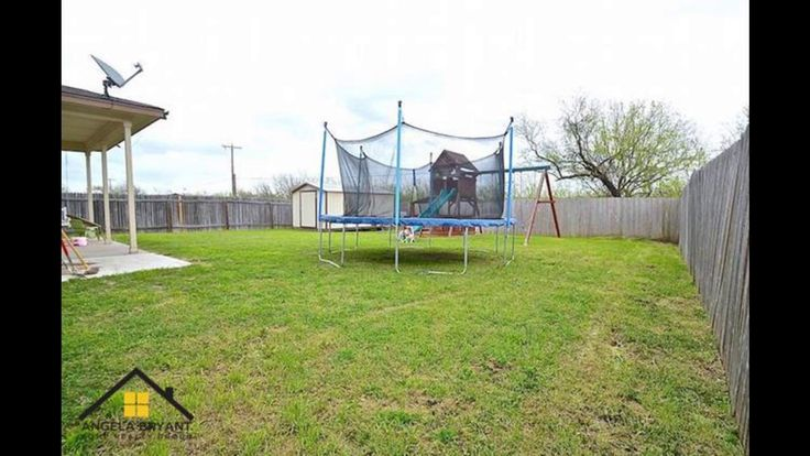 10188 China Creek Dr Waco, TX 76708 Under Contract!