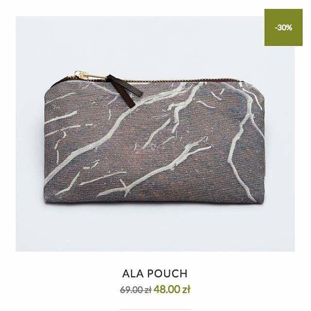We've just started our August Sale! Every day of the month you will find a different product in a very nice price. Go to --> store.lavawear.pl /Rozpoczęłyśmy naszą sierpniową wyprzedaż! Codziennie, do końca miesiąca!, inny produkt dostępny będzie w atrakcyjnej cenie. Sprawdzajcie na --> store.lavawear.pl #lavawearmood #lavawear #hawaii #bigisland #bigislandhawaii #ala #pouch #bag #nationalvolcanopark #shop #shopping #sale #purse #drybranches #nature #textile #polish