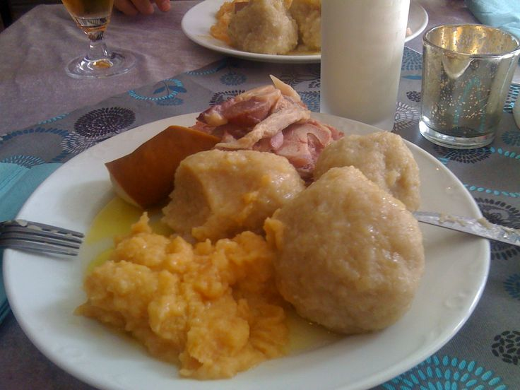 Komle: potato balls, salt meat and the whole world!