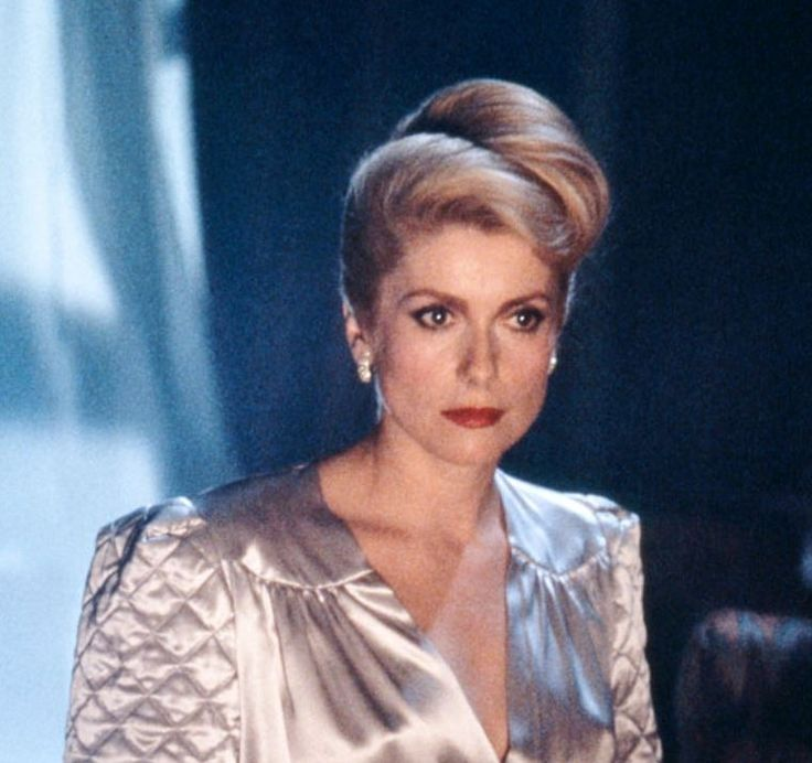 Catherine Deneuve on the set of The Hunger (1983)