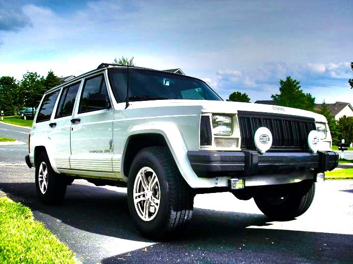 Joe's 1996 Jeep Cherokee 4 Dr SE 4WD SUV