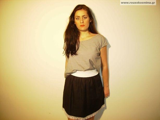 Φούστα μαύρη με μικρά άσπρα σχεδιάκια και δαντέλα