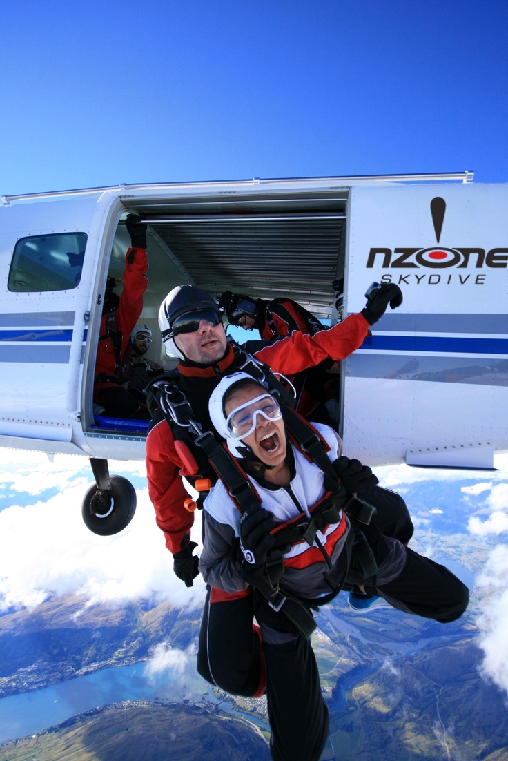 Embracing your FEARS - jumping out of a perfectly good aeroplane!