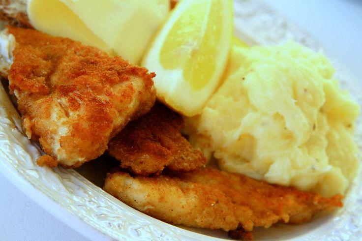 Hemmagjorda fiskpinnar med potatismos
