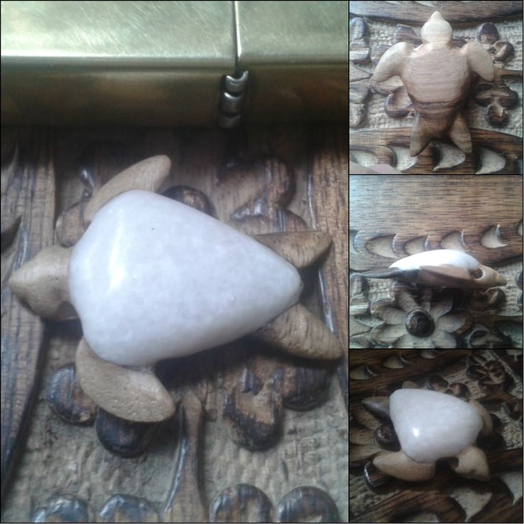Turtle Pendant, made of marble and walnut.