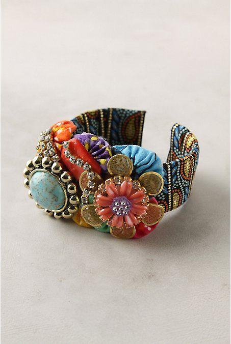 DIY: Anthropologie KnockOFF  TUTORIAL: Cuffs Bracelets, Dutch Wax, Knockoff Tutorials, Jewelry Bracelets, Wax Collage, Collage Cuffs, Old Jewelry, Vintage Costumes Jewelry, Fabrics Bracelets