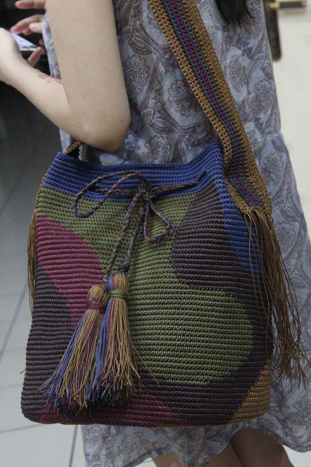 ~Tribal of Borneo~ #tapestrybag #crochet_tapestrybag #Borneo