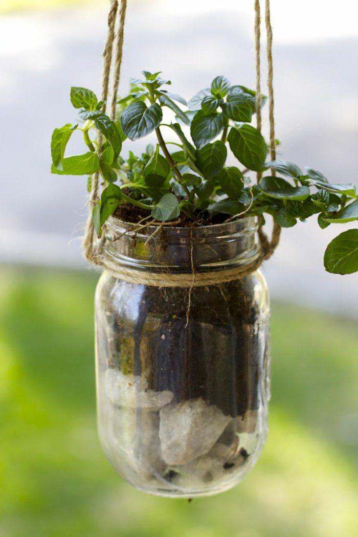 gartendeko ideen einmachgläser pflanzenbehälter aufhängen