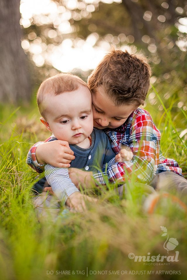 A sweet little moment between brothers. #KidsPhotography #Photography   www.mistralphotography.co.nz
