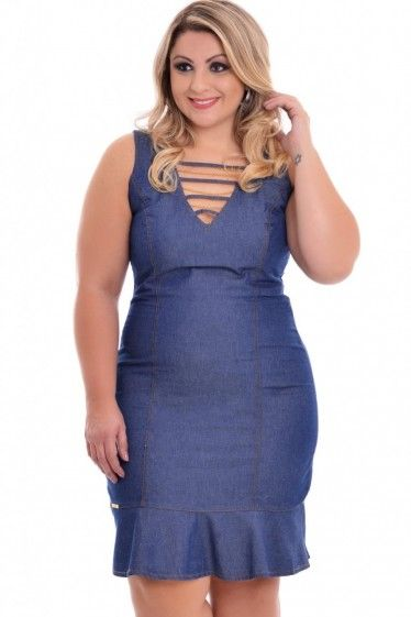 Vestido Jeans outfit for beautiful curves.  #PlusSize