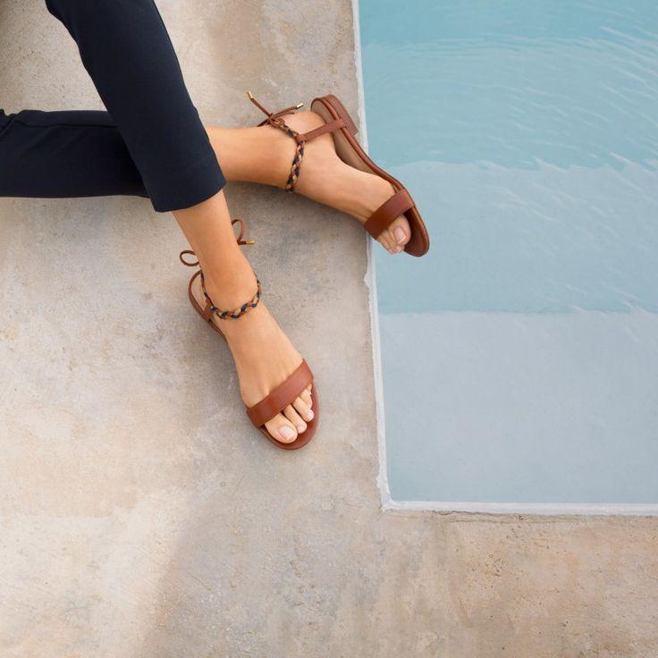 Sandales Plates : La Bien Aimée Cognac