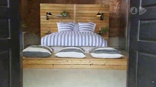 """Bed from Swedish tv program """"Sommar med Ernst"""""""
