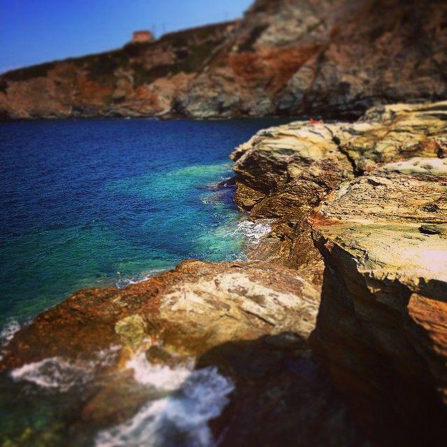 #LigariaBeach #Summer #Folegandros #Greece Photo credits: @coylum27