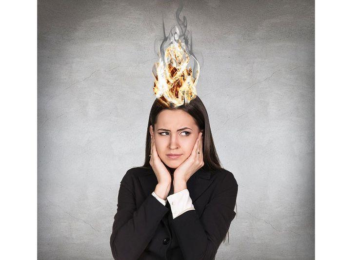 El Burnout es un estado de agotamiento emocional, mental y físico causado porun estrés excesivo y prolongado en el área laboral.Se produce cuando uno se siente abrumado, emocionalmente agotado, e incapaz de satisfacer las demandas constantes del trabajo.