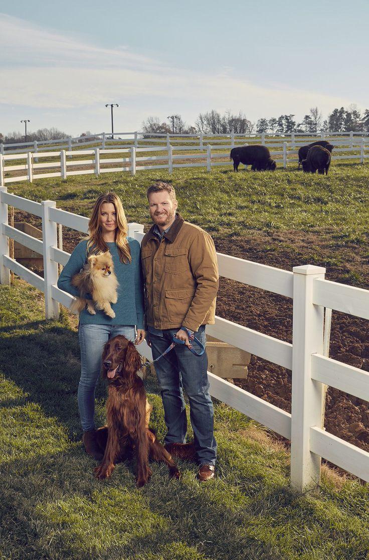Dale Jr, Amy, June bug &Gus family photo, 2016