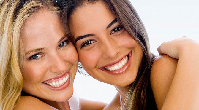 Dental Cleaning Toronto - Dental Hygienist at Downtown Dental Hygiene Clinic - Teeth Cleaning