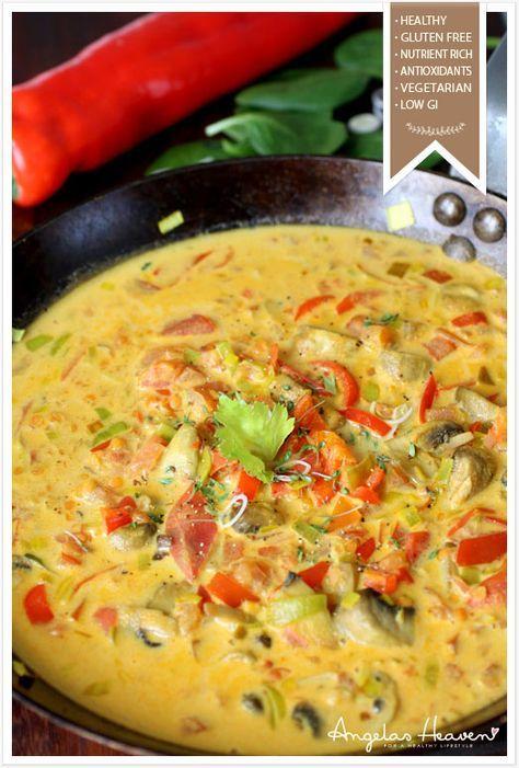 Värmande, krämig god vegetarisk currygryta med lite sting från färsk ingefära. Ett fantastiskt gott och nyttigt recept med lågt GI som är enkelt att laga.