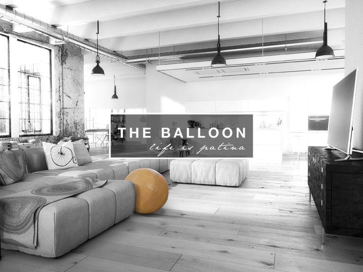Der original Sitzball aus natürlich gegerbtem reinem Rindsleder. Von Hand genäht und einzeln mit einem individuellen Prägelogo versehen. www.theballoon.de