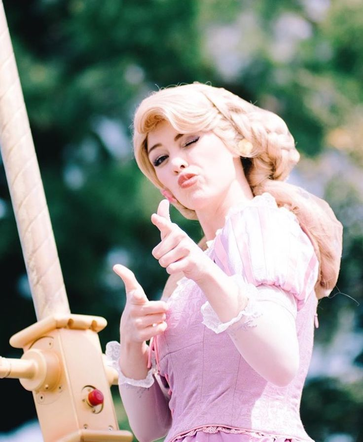 Rapunzel's been hanging around Flynn a bit long by Mousekears