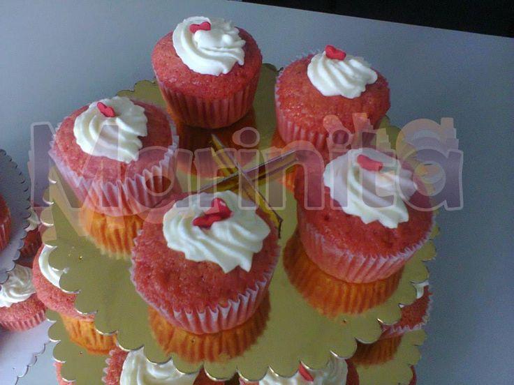 Cupcakes Red Velvet con crema chantilly!