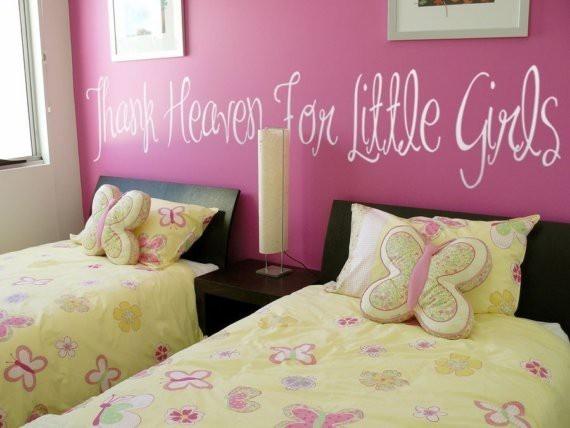 Thank Heaven For Little Girls toddler room makeover http://pnnd.co/pin2-1104