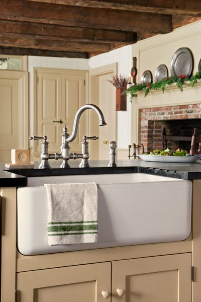 The storage-packed peninsula allows the cook to take charge of prep and cleanup while conversing with guests. | Sink: Shaws, @rohlfaucets | Faucet: @moen | Photo: John Gruen