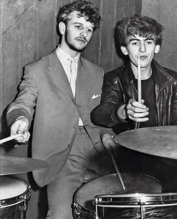 Ringo Starr encontró una serie de fotos perdidas de la banda más importante y conocida en todo el mundo y piensa subastarlas a finales de este año...