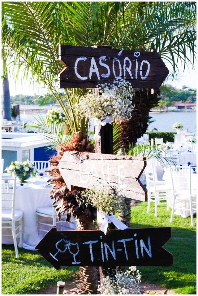 3 a Casamento no campo ao ar livre no lago durante o dia plaquinhas indicativas santo antônio