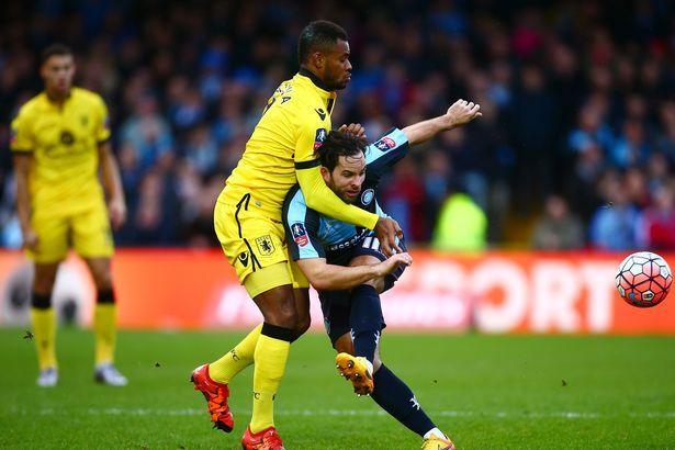 Prediksi Pertandingan Aston Villa vs Wycombe. Aston Villa dalam laga ini tentunya menargetkan kemenangan dalam laga ini agar dapat lolos ke fase selanjutnya. Aston Villa yang hanya mencatatkan 1 kali kemenangan dalam 5 laga terakhirnya diharapkan dapat tampil maksimal dalam laga ini agar tidak kembali menelan kekalahan.