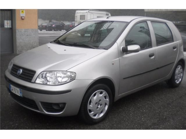 Offerta auto usata: Fiat Punto 1.3 Multijet 16V 5 porte Cult, € 3.000,-, Diesel, Manuale anno 11/2005 a Braone - Brescia - BS, 132.445 km, 51 kW