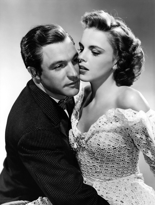 Gene Kelley and Judy Garland This one of my favorite costars. ♡♡♡