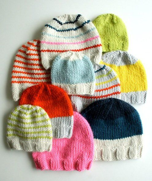 Make cozy knitted hats for the whole family with this basic knitted hat pattern from The Purl Bee!